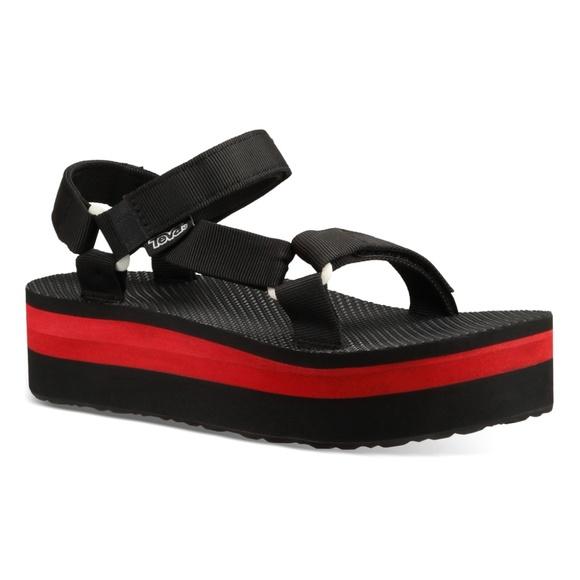 d683eea6982 Teva Black   Red Flatform Universal Sandal - Women.  M 5b6a38956a0bb7b0247572d4